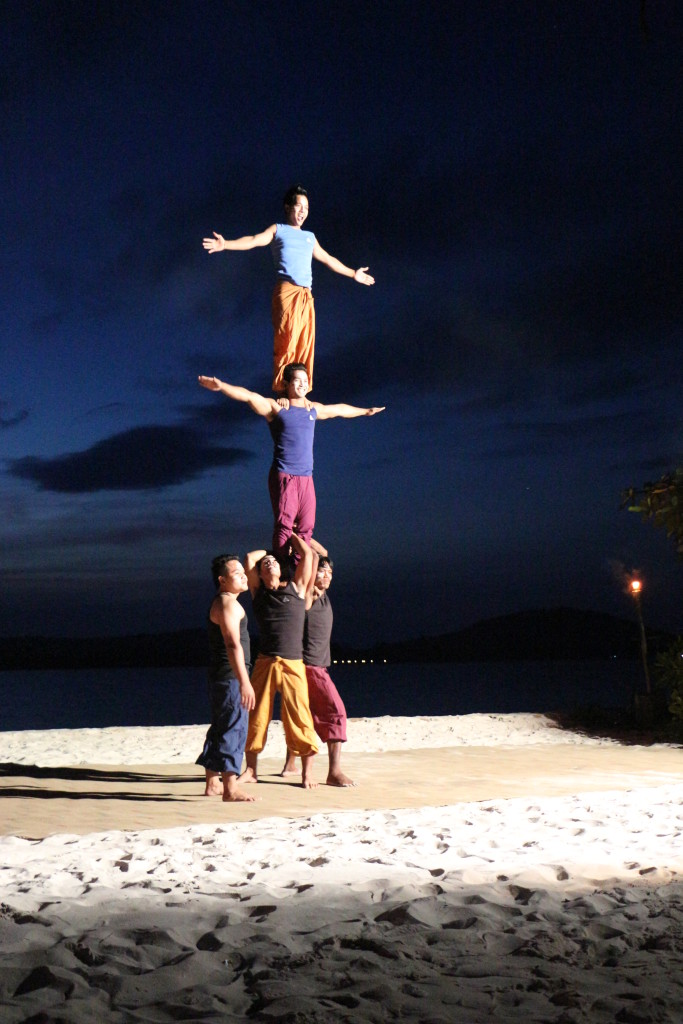 Phare Circus Performance_Festive Season_2014_2